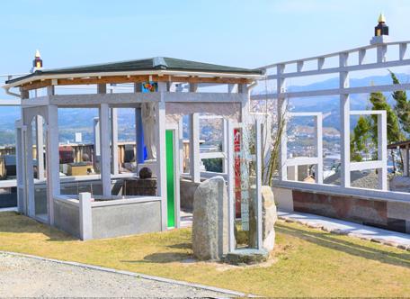 施設案内 幸せの鐘・慰霊廟